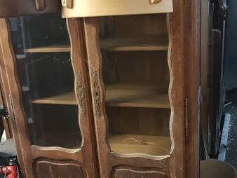 Vitrine deux portes vitrées 3 étagères - placage chêne foncé - 80€