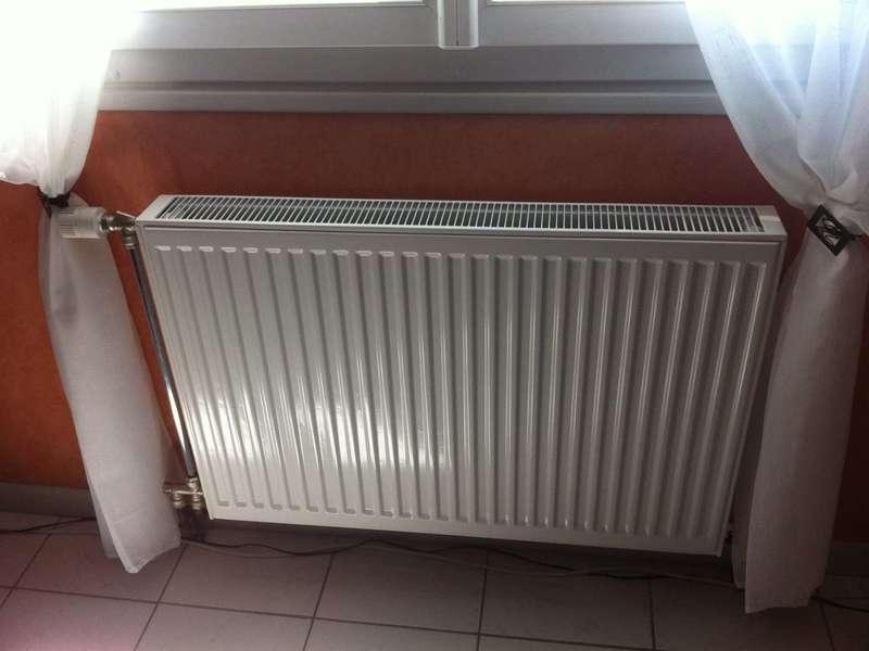 Remplacement radiateur Remplacement radiateur dans maison type castror landais