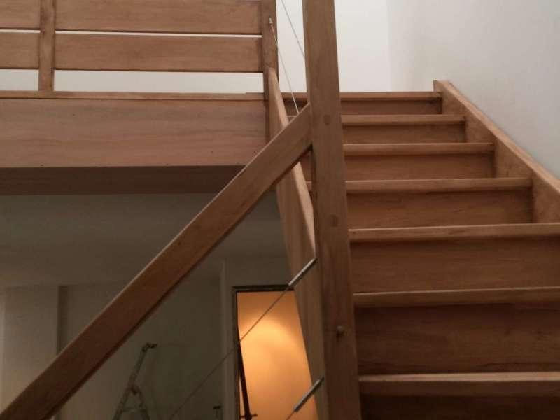amf menuiserie reparation de marche descalier en bois paris et lle de France