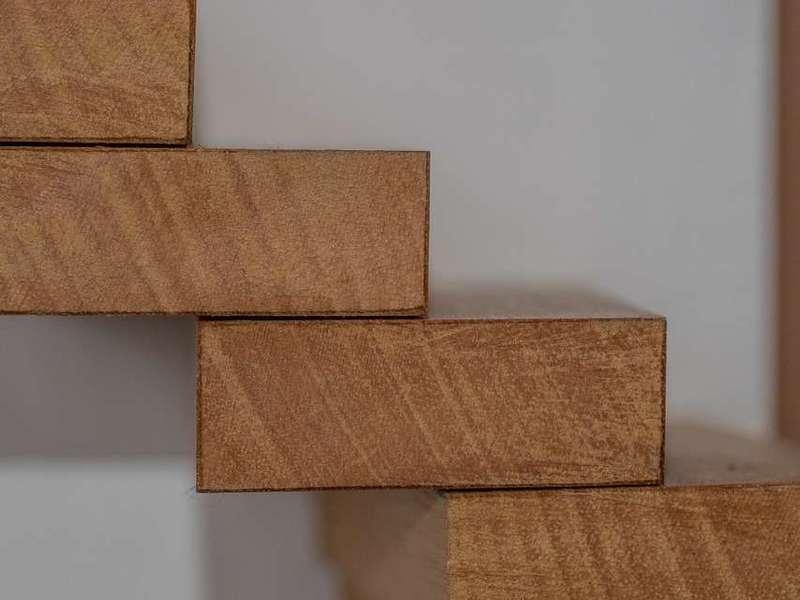AMF Menuiserie expert en fabrication d'escalier en bois à Paris et Île de France