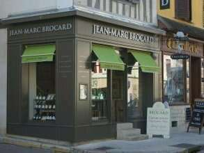 mini_facade_magasin_1385566071a1526a1538