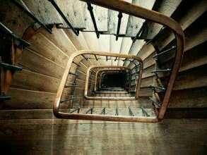mini_spiral_staircase_852699_1280a1535