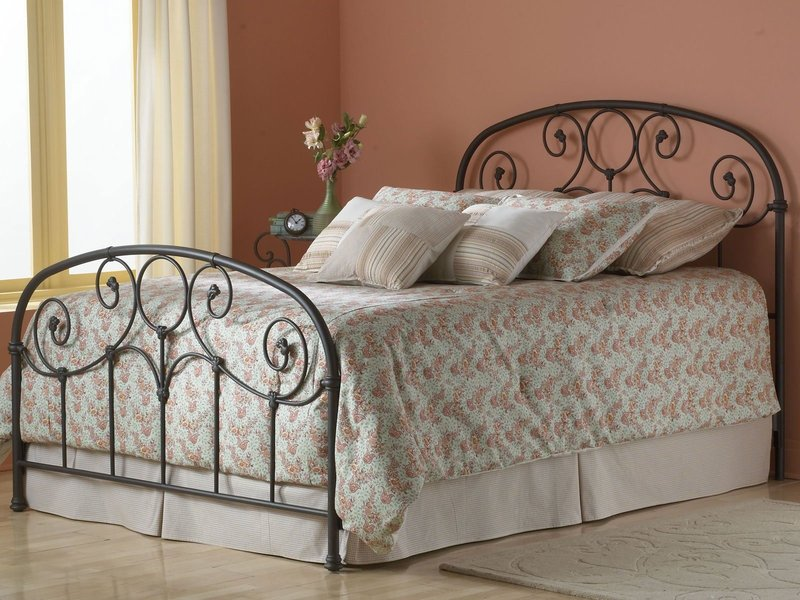 interesting-minimalist-wrought-iron-bed-frames-with-beautifull-bed-sheet-and-laminating-flooring-for-minimalist-bedroom-design-antique-wrought-iron-bed-frames-for-your-bedroom-platform.jpeg