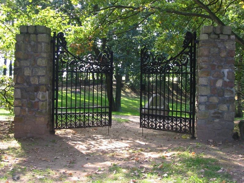 gate-16733.jpeg