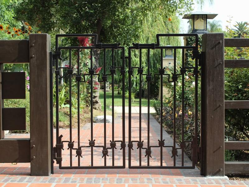 gate-338252.jpeg