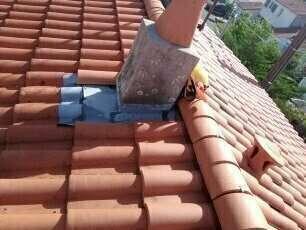 Faîtage à sec et nettoyage de toiture à côté de La Rochelle Réalisé par Vincent Deguilhen