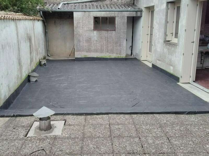 Toit terrasse avec membrane EPDM à Melle Réalisé par Vincent Deguilhen