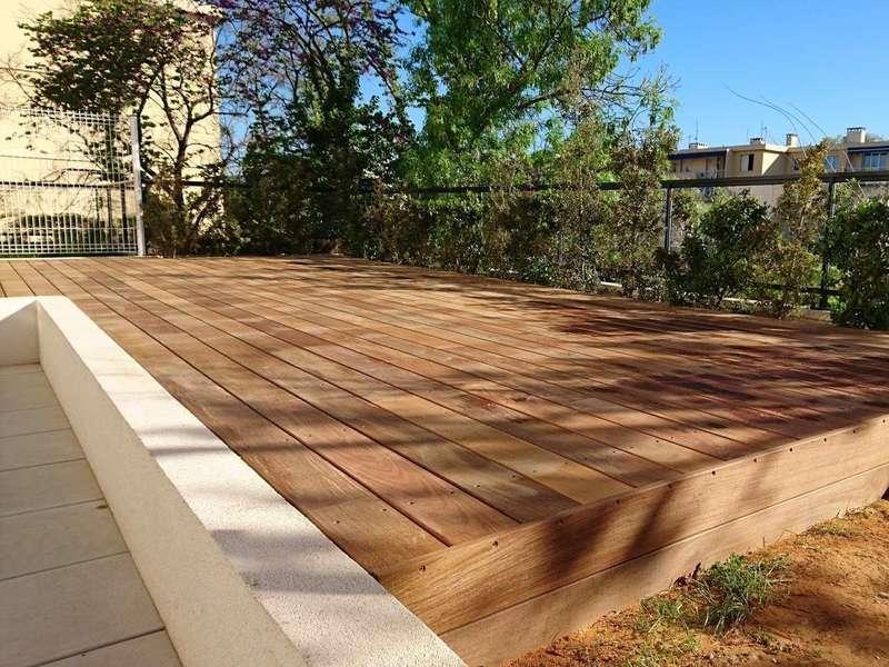 installation-de-terrasse-en-bois-marseille-13011.jpeg