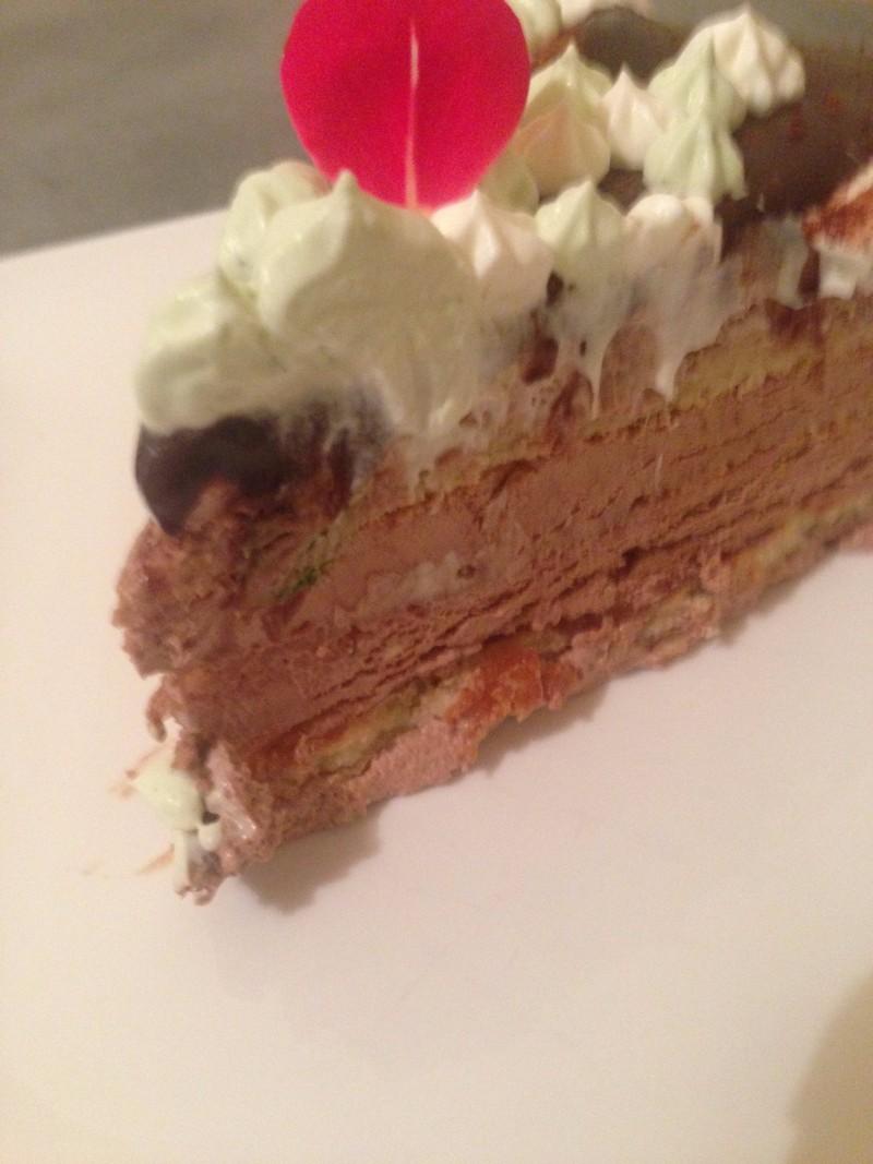 Entremet au chocolat dessert à l'assiette par votre traiteur cacher