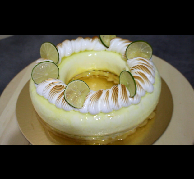 buffet dessert  Entremet citron meringué casher