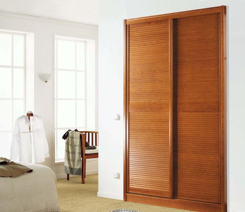 Porte de placard en bois sur mesure