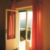 Porte fenêtre en bois sur mesure