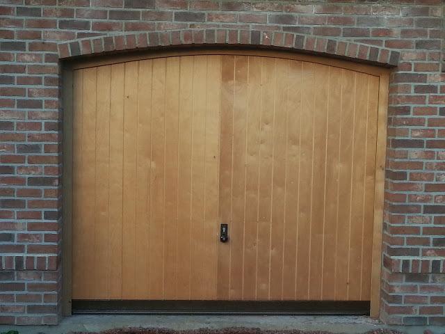 porte-de-garage-bois20160224-3667911-1qehl6h.jpeg