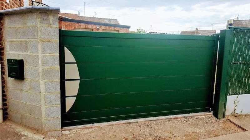 portail_aluminium_coloris_vert