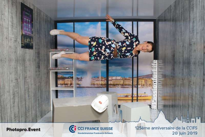 Animation photo gravity box lors du diner de gala des 125 de la CCIFS à Genève