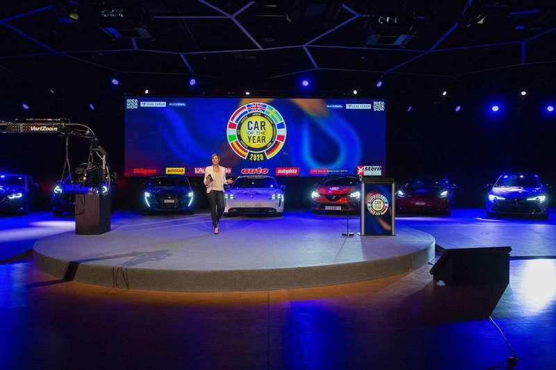 2020_salon_de_l_auto_geneve_gims_car_of_the_year_reportage_photo_photoproevent_001.jpeg