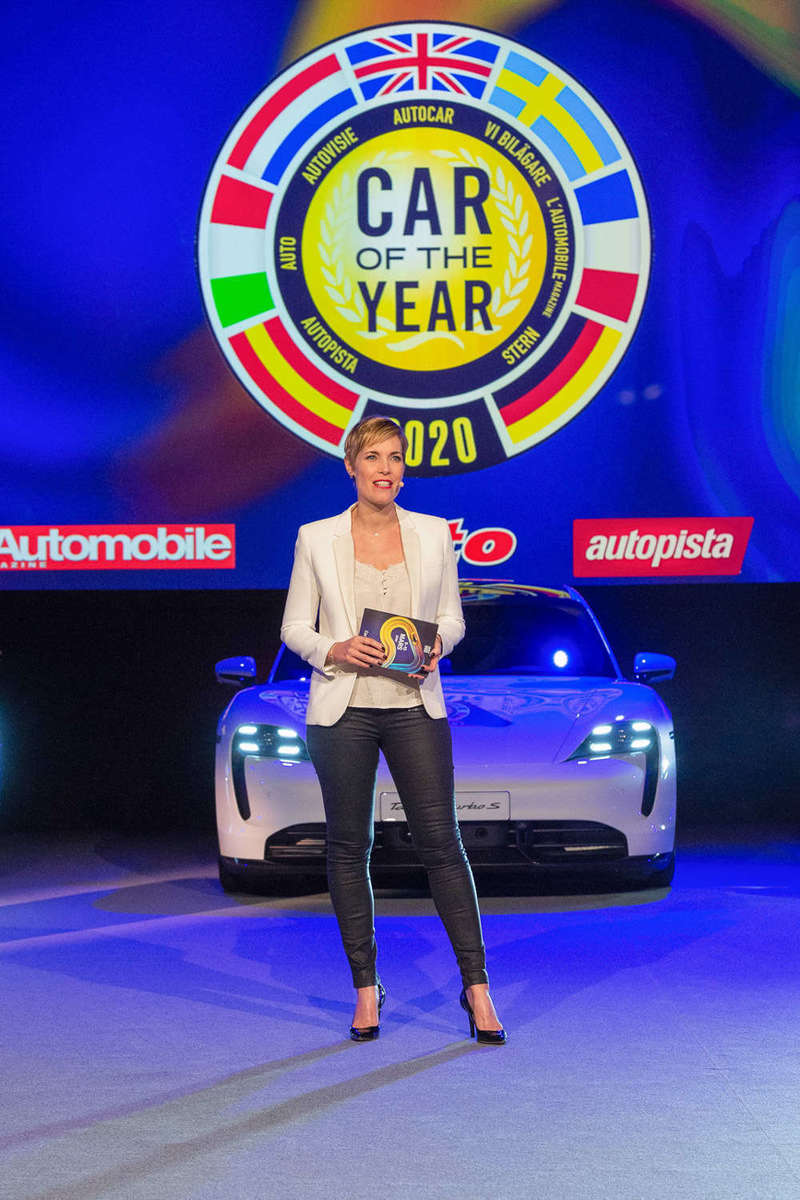 2020_salon_de_l_auto_geneve_gims_car_of_the_year_reportage_photo_photoproevent_002