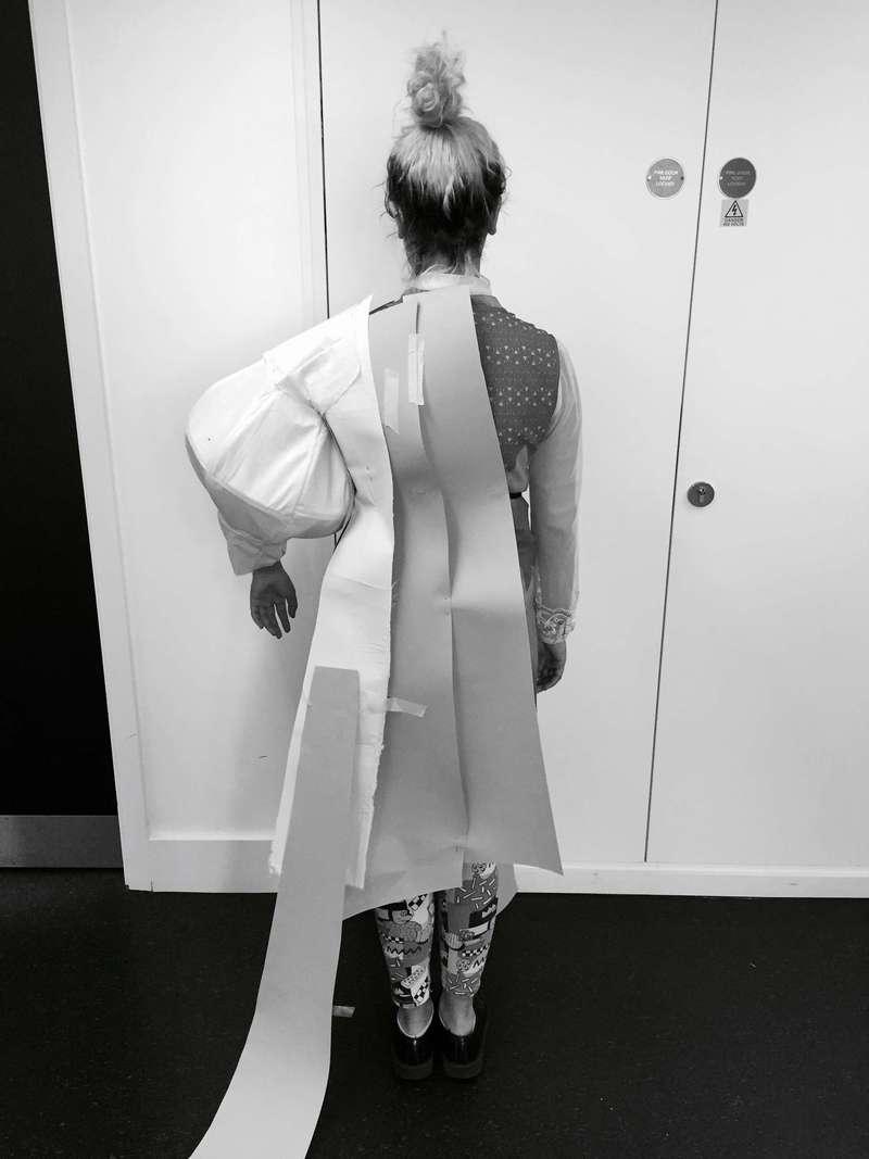 Tam Tam Sleeve, Draping (2016), Manon Planche.