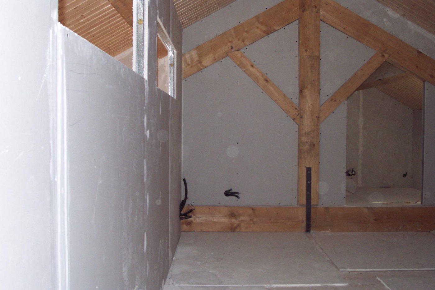 plafond plaque de pl tre sas morales. Black Bedroom Furniture Sets. Home Design Ideas