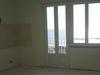 Vintimille (it) rénovation d'un appartement,parquet,volets roulant,fenêtres PVC,et porte d'entrée