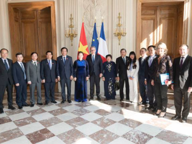 visite_officielle_en_france_de_la_pre_sidente_de_l_assemble_e_nationale_du_vietnam2