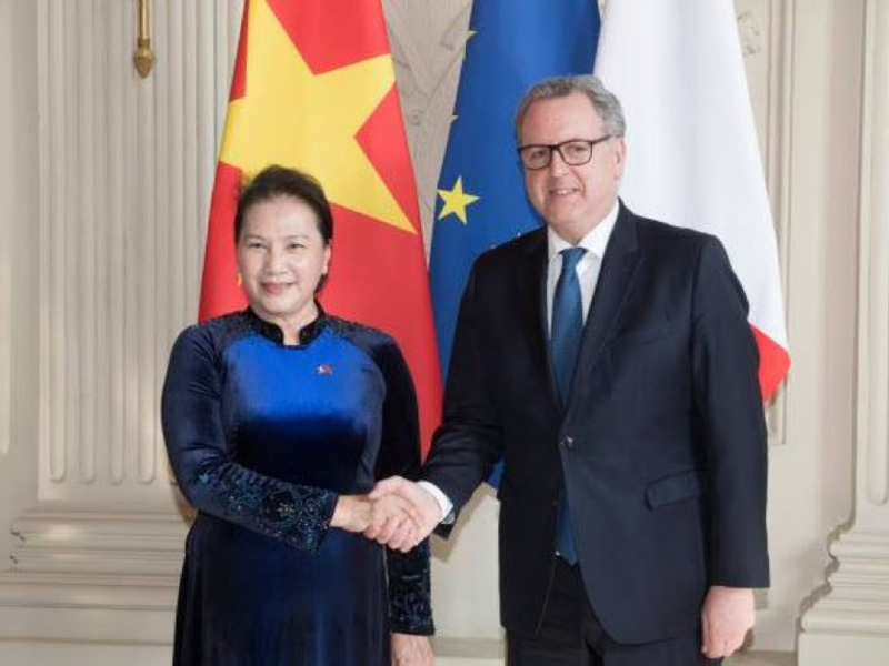 visite_officielle_en_france_de_la_pre_sidente_de_l_assemble_e_nationale_du_vietnam