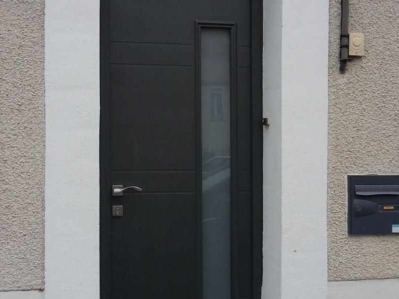 Porte d'entrée en fibre de verre