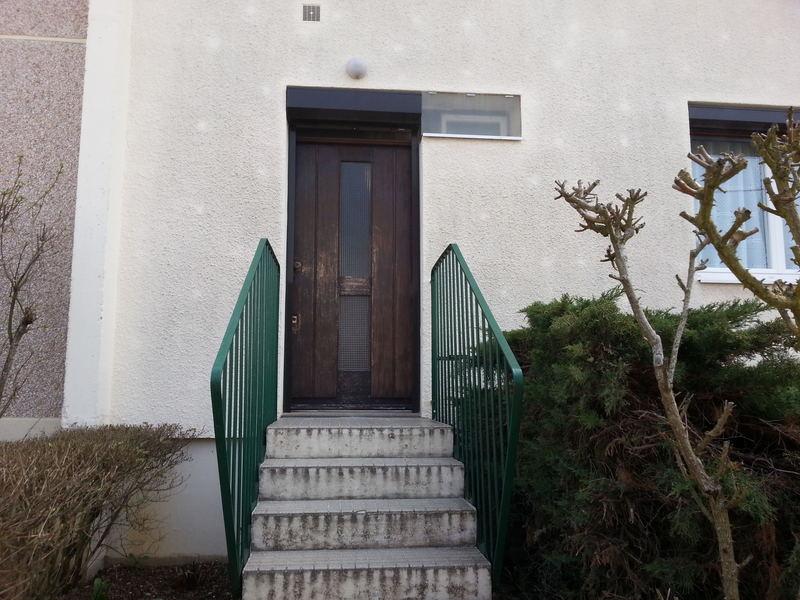 Remplacement d'une porte bois  avant