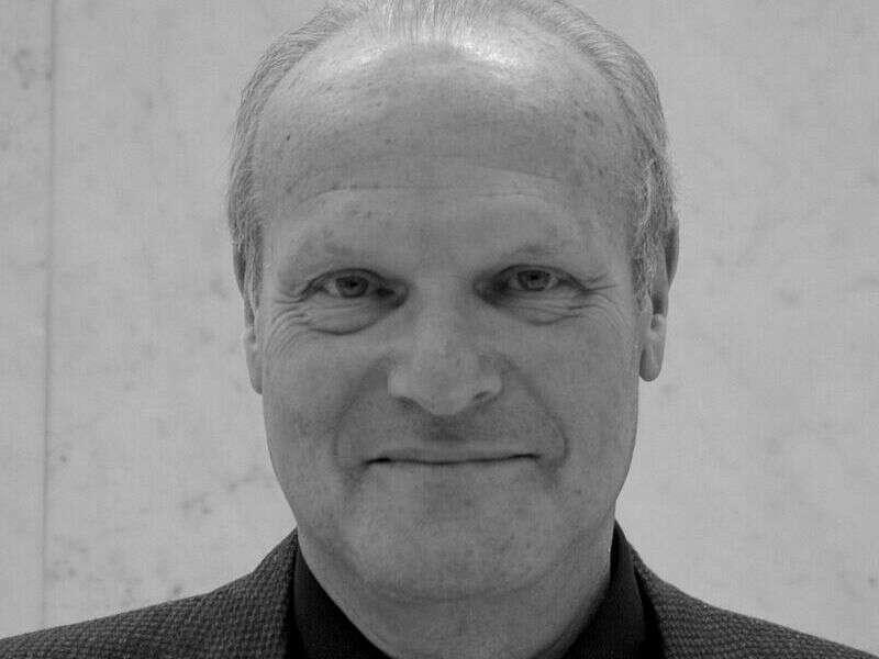 Israël Nisand, Gynécologue obstétricien