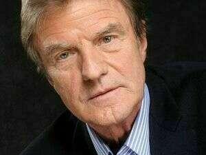 Bernard Kouchner, Médecin, Homme politique français et Co-fondateur de MSF