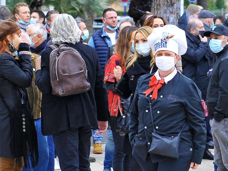 sainte-maxime-photos-manifestation-restaurant-5-decembre-20_100