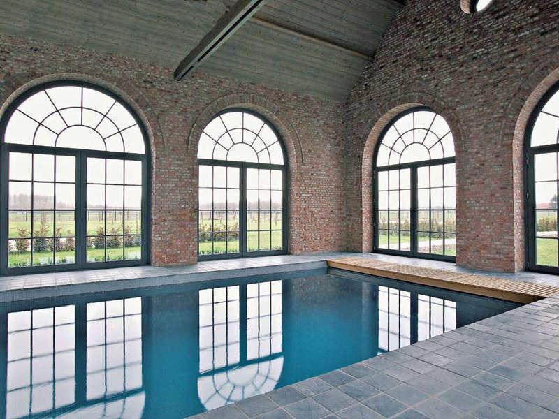 14_-_piscine_interieure_classique_-_stone2