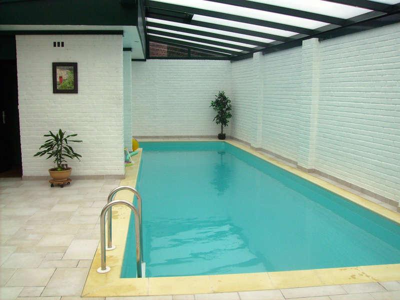 06_-_piscine_interieure_forme_libre