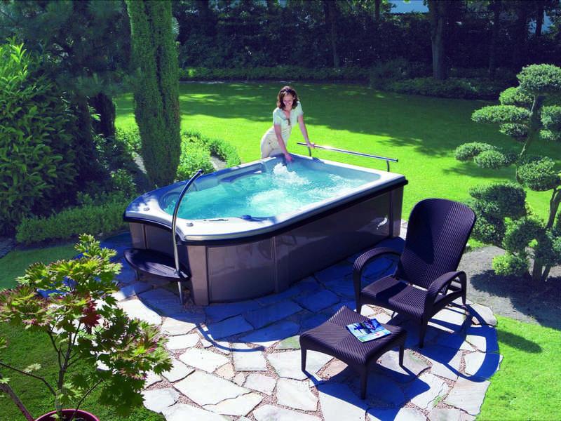14_-_spa_pose_riviera_pool