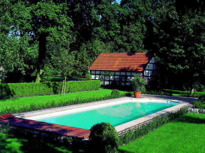 54_-_piscine_exterieur_rectangle