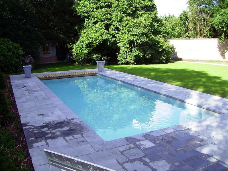 41_-_piscine_exterieur_rectangle