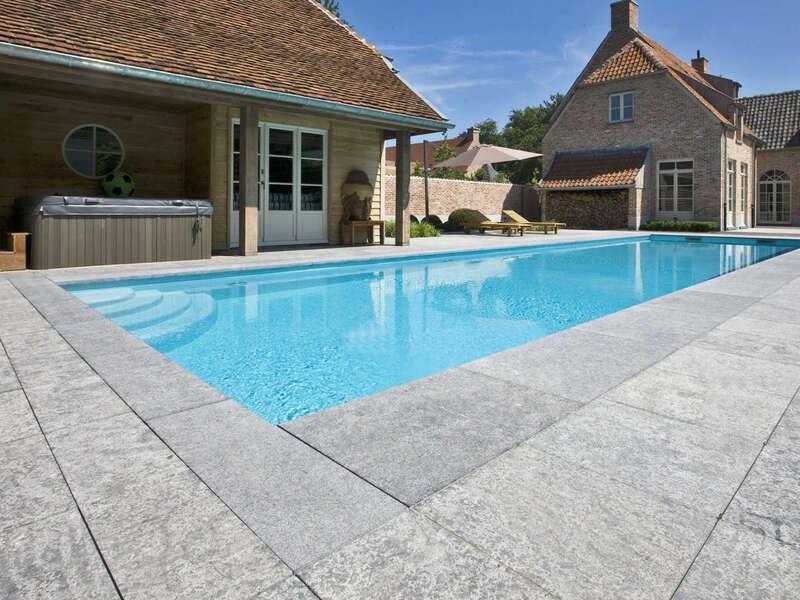 21_-_piscine_exterieur_rectangle_-_stone