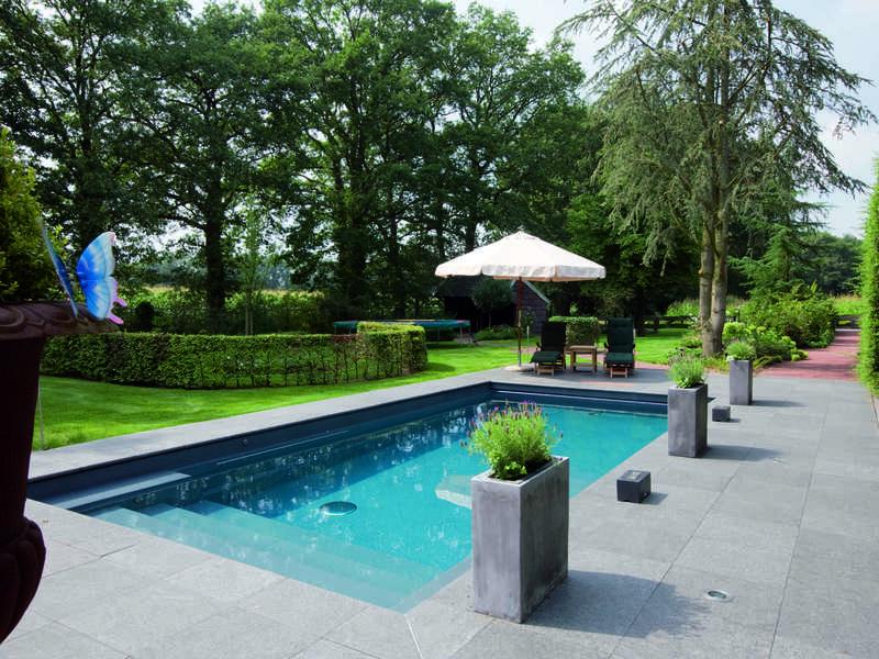 17_-_piscine_exterieur_rectangle_-_riviera_pool