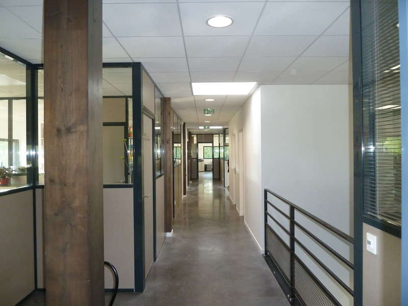duclos-lavall_e-bureaux-circulation_int_rieure20190603-3026407-157yhxw
