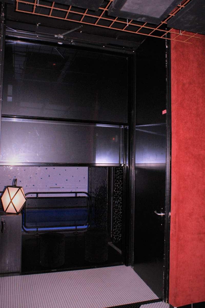 Hôtel LES BAINS, Porte Battante 2 Vantaux Acier, EI60 très grande dimensions. www.lesbains-paris.com