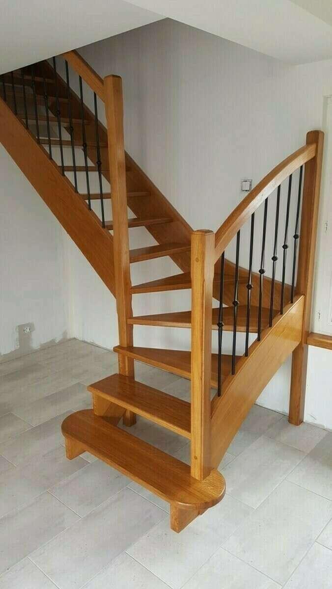 Escalier 1/4 tournant en chêne, balustres barreaux fer - No 11 Fabricant d'escalier sur mesure - Stéphane LESEUR, menuisier en Seine Maritime, Eure et Yvelines