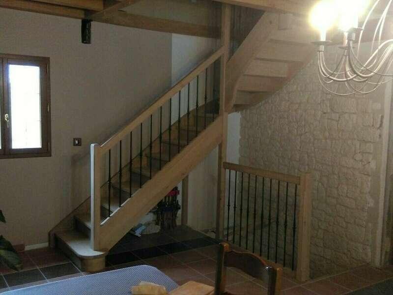 Escalier 1/4 tournant en chêne, balustres barreaux fer - No 10