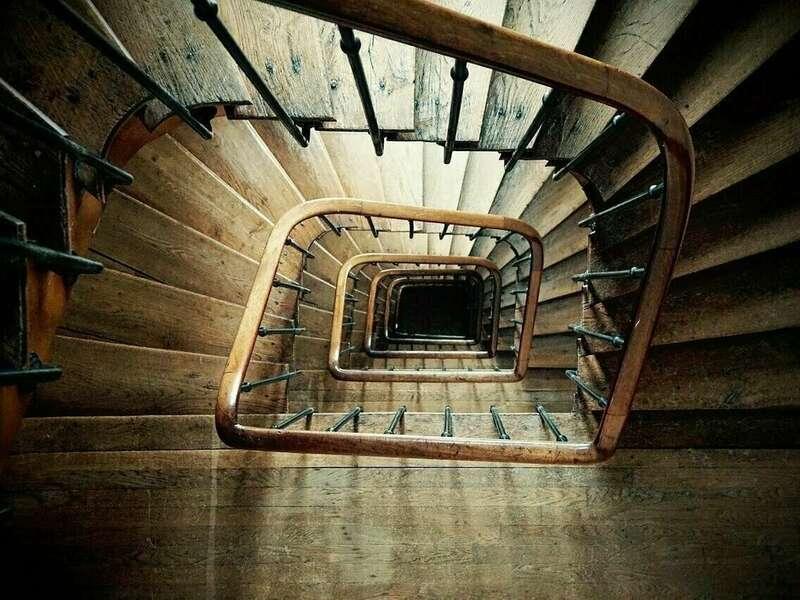 spiral_staircase_852699_1280a154420210306-1231294-190zqhg