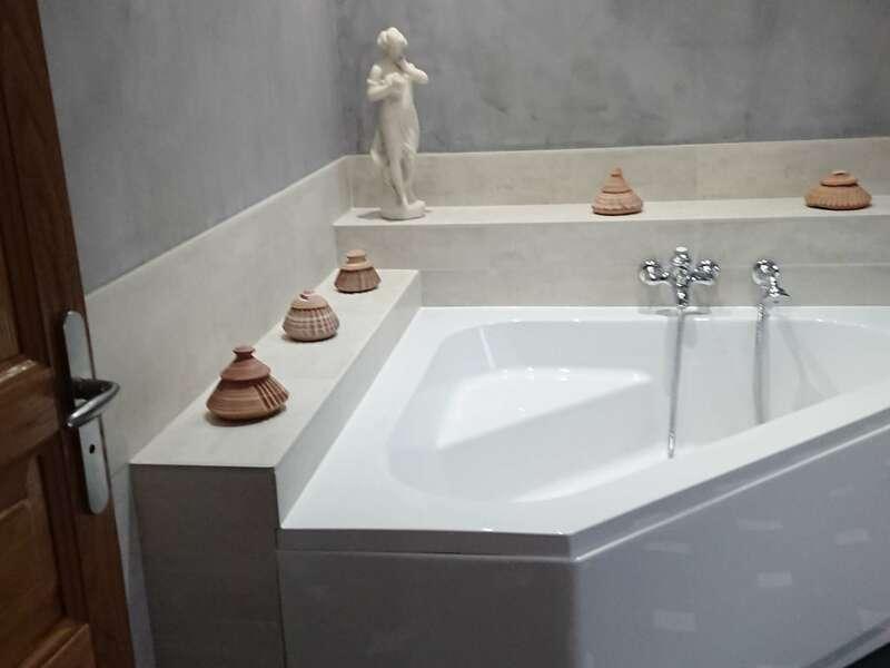 salle_de_bain_carrelage__pierre_naturelle_et_beton_cire_2