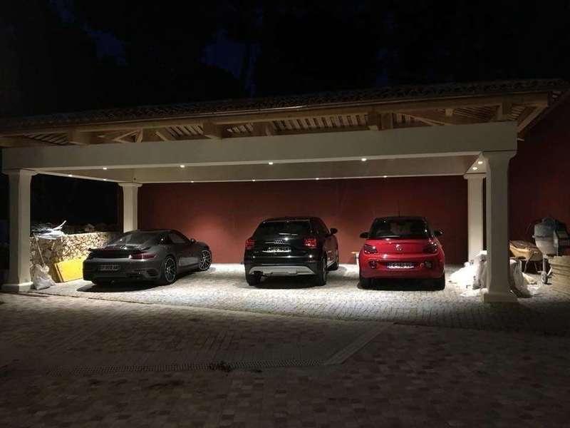 Eclairage leds d'un parking couvert