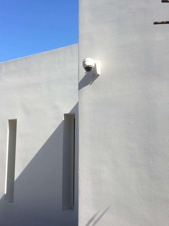 Caméra dôme pour la surveillance d'une villa