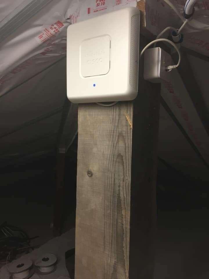 Borne wifi pour améliorer la portée dans une villa de 400m2
