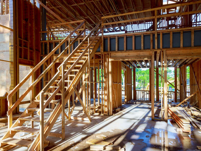 wood-frame-house-beam-construction