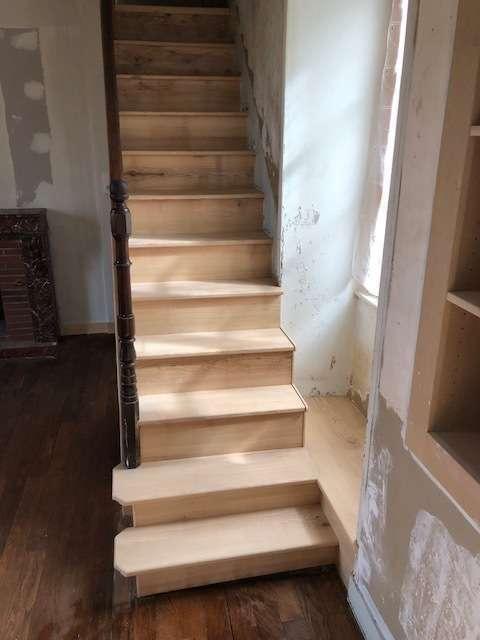 pineau_escalier