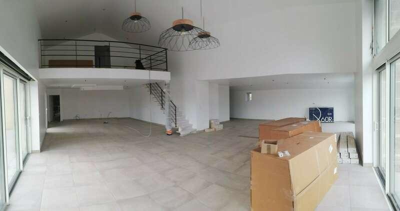 salon-maison-neuve-basse-goulaine-44115.jpeg